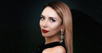 Инна Бабич, топ-менеджер Покердом